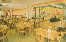 baileys-cafeteria-crossroads-mall