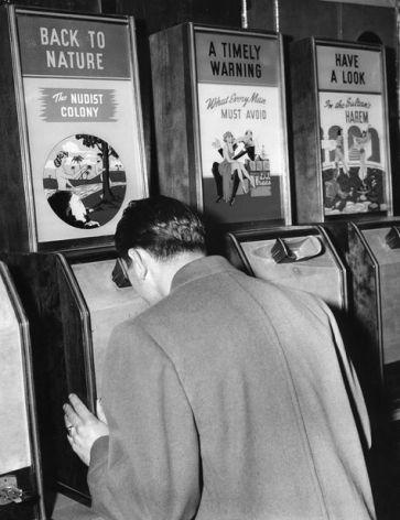 day at Penny Arade. (photo by Joseph L. Zack November 21 1942)