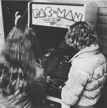 Hexbyte  News  Computers News Leader feb 8 1982